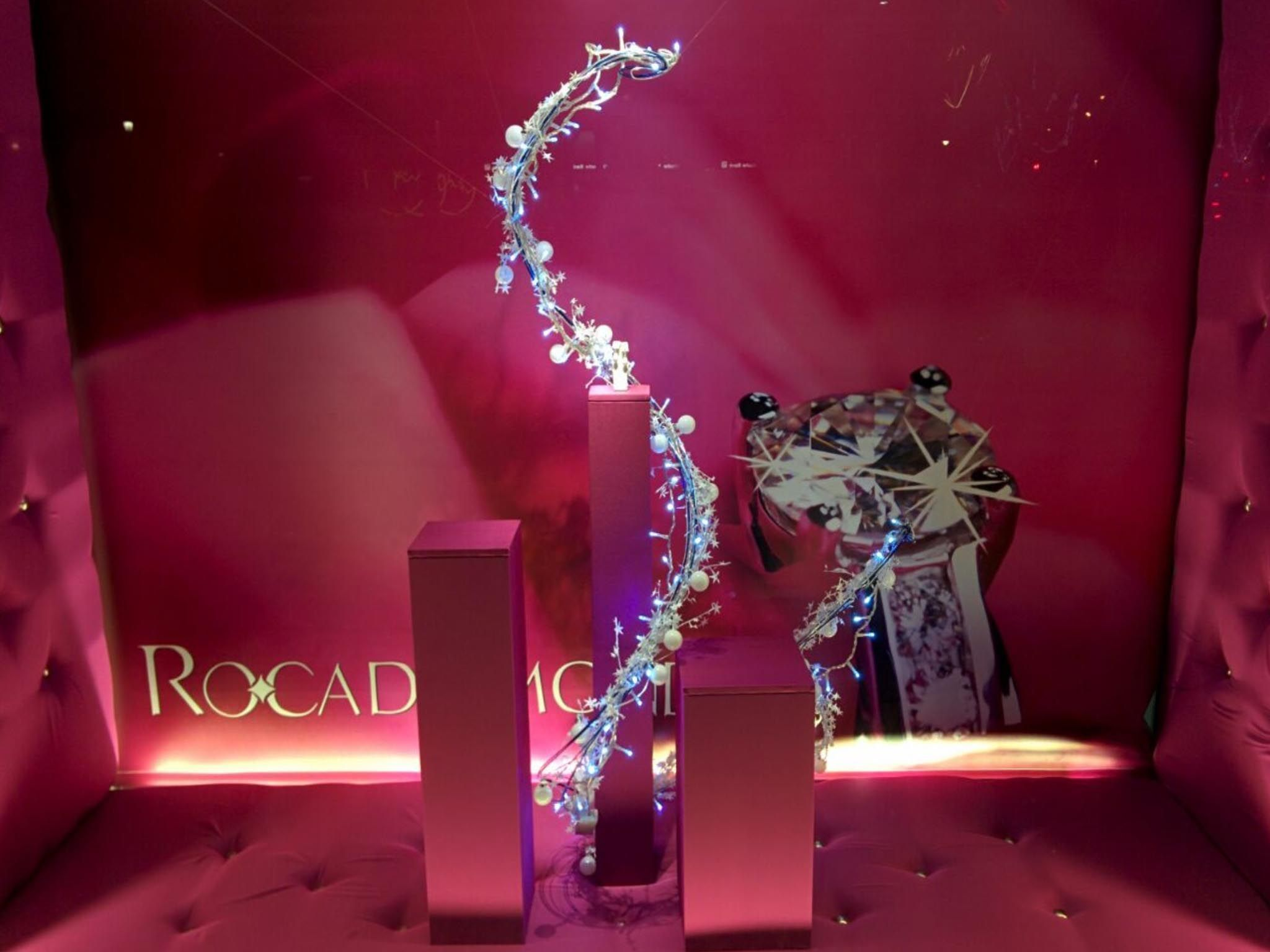 odos, visual merchandising, instalaciones efimeras, retail, stand, eventos, escaparatismo, Roca_diamonds